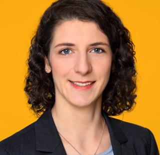 Dr. Anne Thüsing<br>Chemikerin, Referentin VdMi