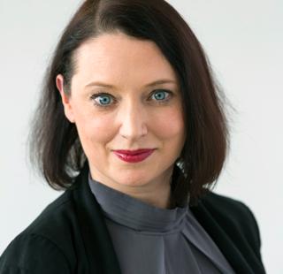 Aline Rommert<br>Werkstoffwissenschaftlerin, <br>Referentin VdL